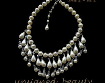 Pearls and Crystal beads lovely vintage necklace.
