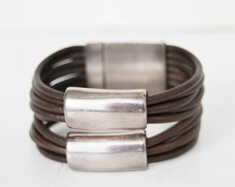 Wide bracelet, leather bracelet, leather and silver metal,