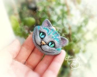 Brooche Cheshire cat, Alice in Wonderland, ooak, polymer clay, jewellery