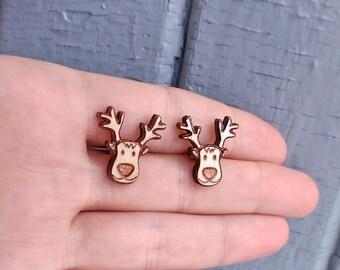 Reindeer wood earring studs. Christmas reindeer earrings, wood christmas earrings, holidays studs, holidays jewelry, cute reindeer studs