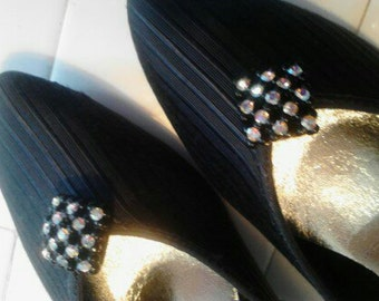 "Vintage Private Collection Dressy Black Pumps,  "" Swinger""  Size 8B   ECS"