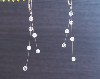 web drops : earrings with clear crystal
