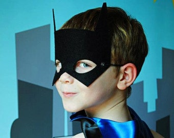 Premium BAT MASK - Perfect super hero party gift - Kids Halloween Costume Accessories - Superhero Mask