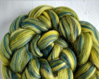 Merino Wool Roving - Blended Wool Tops - Olive - Green - Navy - Spinning Wool - Felt Making - Wool Fibers - The Butterfly Collection 100g
