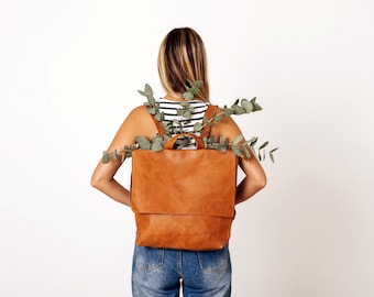 CLEARANCE/ Leather Laptop Backpack Bag, Backpack Women, Personalized Messenger Bag Laptop, Leather Messenger Bag, Diaper Bag Backpack