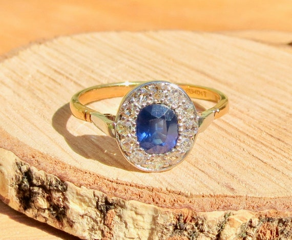 1940's vintage 22K yellow gold sapphire and diamond ring.