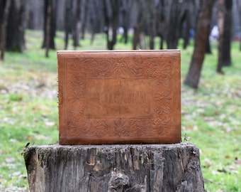 Vintage leather box, Memories box, Brown wooden box with leather cover, Vintage keepsake box, Jewelry box, Vintage box, Gift idea