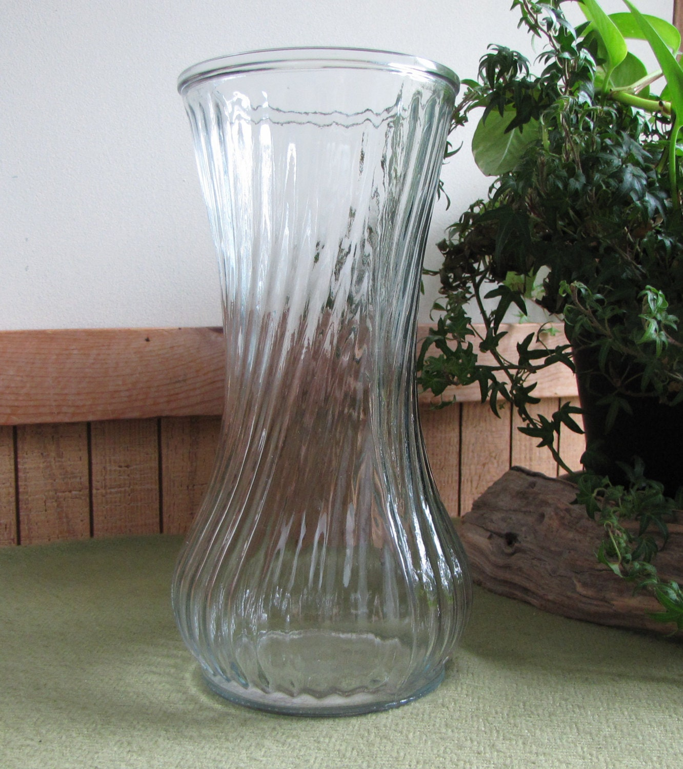 Hoosier glass vase swirled clear florist ware 4081 4091 mold zoom reviewsmspy