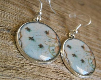 Round cabochon 22 mm pastel green earrings vintage style Silver earrings