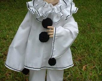 F048   Fabulous Classic Pierrot Clown Costume Adult Sizes