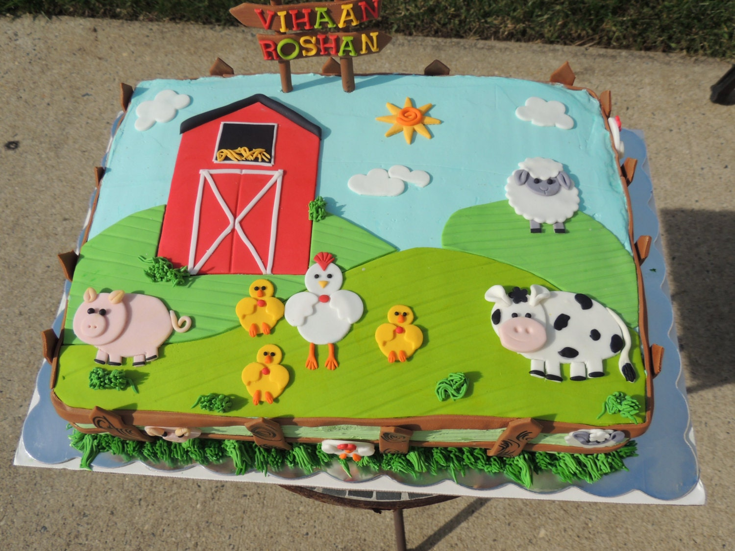 Fondant Farm 2D Animals Cake Toppers Delux Set Pig Sheep