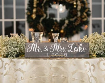 Mr and Mrs Wood Sign | Mr and Mrs Sweetheart Table Sign | Sweetheart Table Sign | Mr and Mrs Sign | Wedding Sign | Mr and Mrs |