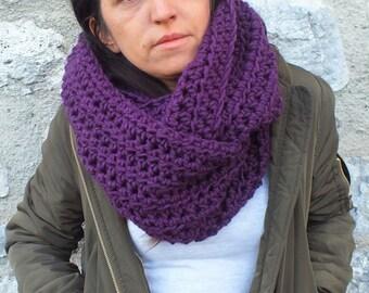 Chunky scarf Infinity scarf Purple scarf Cozy scarf Crochet scarf Bulky scarf