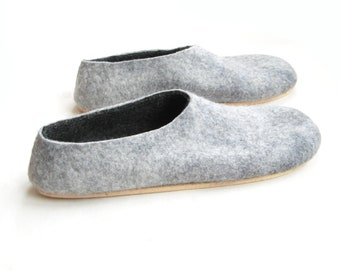 Gift for Dad Felt Slippers Wool felt Shoes, Wool Slippers Mens Wool felt Slippers, Minimalist shoes Organic Wool, Personalized 7 Color Soles