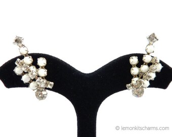 Vintage White Rhinestone Earclimber Earrings, Jewelry 1950s Mid-century, Ear Climber, Screw-back, Trident Crown, Milk Glass, Modernist