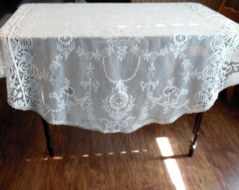 Beautiful Vintage White Lace Tablecloth Lace Overlay Very Unusual Perfect For a Small Table Wedding Cake ECS SVFT