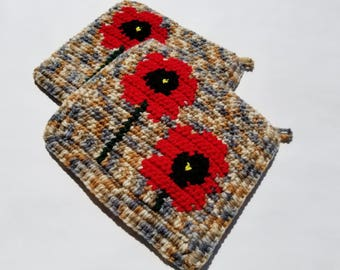 Red Poppy Potholders - Poppies Pot Holders - Poppy Flower Kitchen Decor Hot Pad Set of Two Crochet Potholders, Country, Rustic MADE TO ORDER