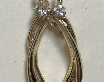 Vintage silver wishbone brooch with clear stones