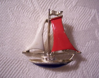 Sail Boat Red White Blue Gerrys Pin Brooch Gold Tone Vintage Flying Flag Full Mast Imprinted Details