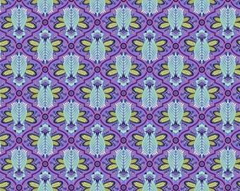 Tula Pink- All Stars -Bee in Iris