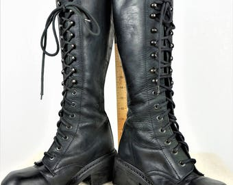 Vng Black Leather Lace Up boot Sz EU 40 / 90s Leather Women Lineman Lace up Boots / Vng Womens Tall lace Up Combat Boots / 90s Goth Boots