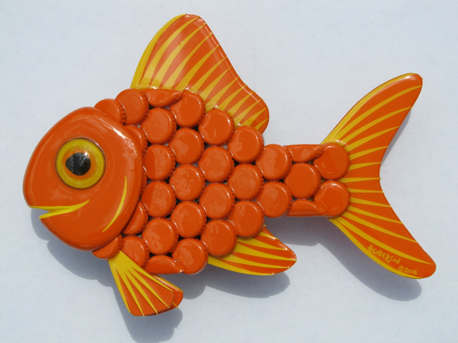 Goldfish Metal Bottle Cap Fish Wall Art Single Tailed