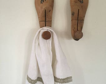 Vintage Wood Shoe Forms, Pair of Wood Shoe Lasts, Vintage Shoe Stretchers , Great as Wooden Hooks