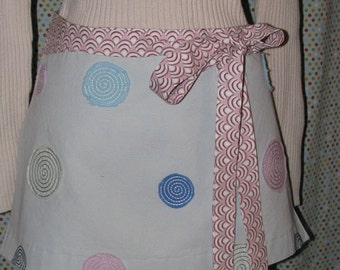 Circles and Swirls Apron - chic, boutique - upcycled, repurposed - by Happy Campers of the South  (APR084)