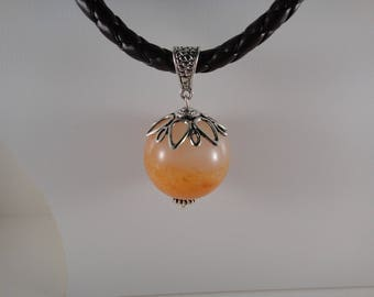 Orange agate spherical stone necklace