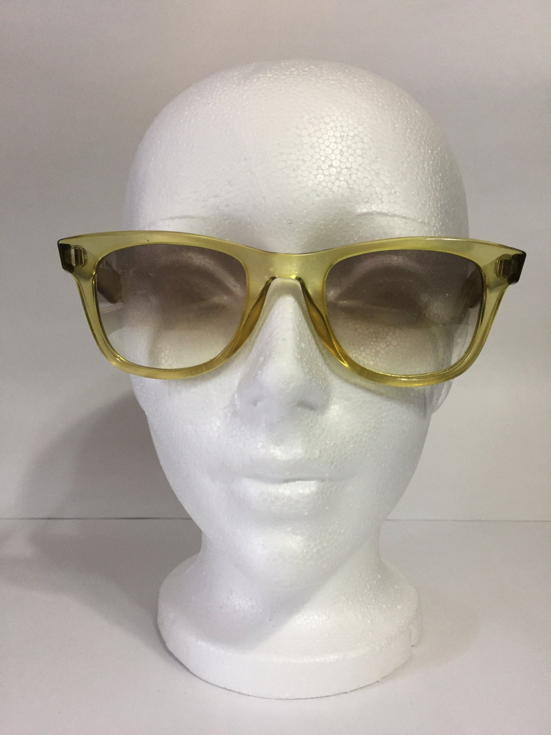 Esprit Sunglasses Vintage 7003 Vintage Sunglasses Yellow