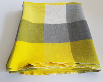 Vintage tablecloth, checked tablecloth, yellow, grey, white, square check cloth, vintage fabric, vintage party, vintage dining, tea party