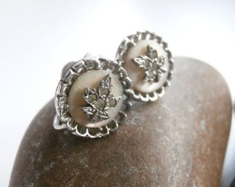 Screw Back Earrings - Silver Earrings - Maple Leaf Earrings - Vintage Jewellery