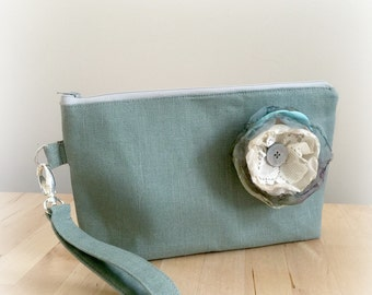 Linen Wristlet - Wristlet Clutch - Sage Wristlet - Wristlet Purse - Flower Wristlet - Wristlet Handbag - Wedding Wristlet - Handmade in USA