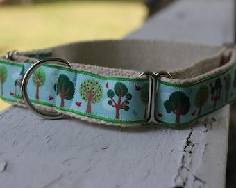 """Sal's Field of Trees on Hemp - 1"""" Martingale Collar"""