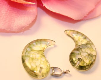 Set of 2 Charms charms 25mm Green Crackle glass beads