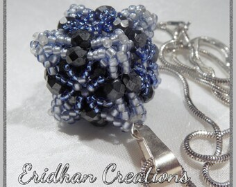 Beaded cube pendant - tutorial