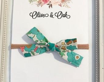 HANDTIED- Teal & green floral