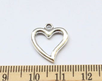 5 Heart Charms - Antique Silver - EF00135