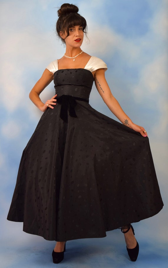 Vintage 90s does 50s Black and White Polka Dot Taffeta Full Skirt New Look Evening Gown (size xs, small)