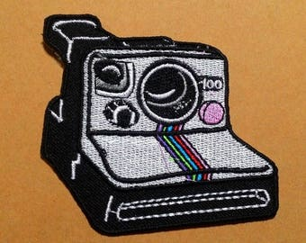Vintage camera embroidered iron on patch.