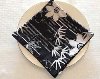 Black & White Floral Napkins Set of 2 - Floral Table Linens - Print Reversible Cloth Napkins - Floral Cloth Napkins