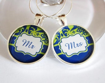 Mr Mrs Wine Charms, Wine Charms, Wedding Wine Charms, mr mrs, Gifts for couples, Wedding Shower, Bridal Shower, table setting, silver plate