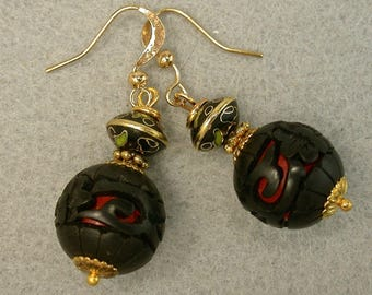 Vintage Chinese BLACK Cinnabar Bead Dangle Drop Earrings, Vintage 1970s Chinese Black Abacus Cloisonne ,Gold Ear Wires - GIFT WRAPPED