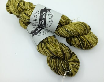 High Twist (twist on twist)Hand-dyed 4 ply baby soft merino yarn