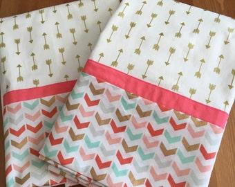 Set of 2 Metallic Arrow Standard Pillowcases