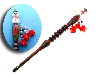 Handmade Wood Crochet Hook Snow Woman with Poinsettias size H