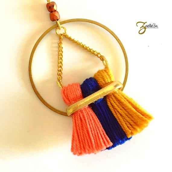 "Necklace gold 14 k circle 3 tassels mustard coral blue - model ""Holika"" al. HOLi / / Zaelleza - Bohemian / / Hippie //Graphique //acidule"