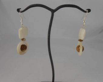 Earrings in Pearl and Jasper Brown beige10 mm bead