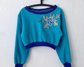 Blue Vintage Style Floral Cropped Jumper