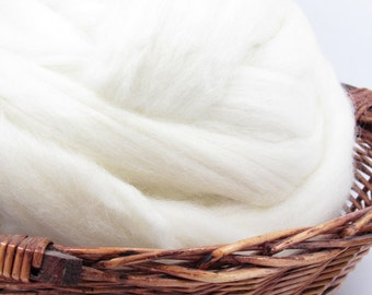 Blue Face Leicester Superwash Wool Top Roving - Undyed Spinning Fiber / 1oz